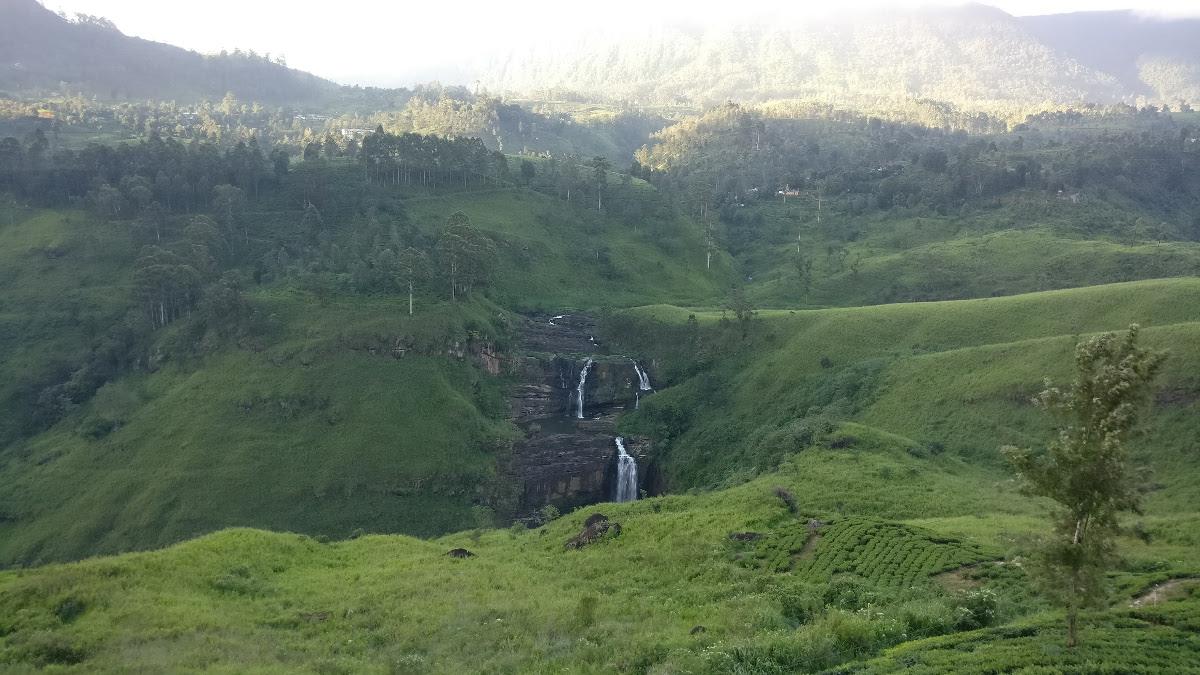 Waterfall near Nuwara Eliya